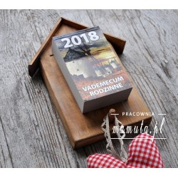 Kalendarz 2018-zdzierak w ptasiej budce